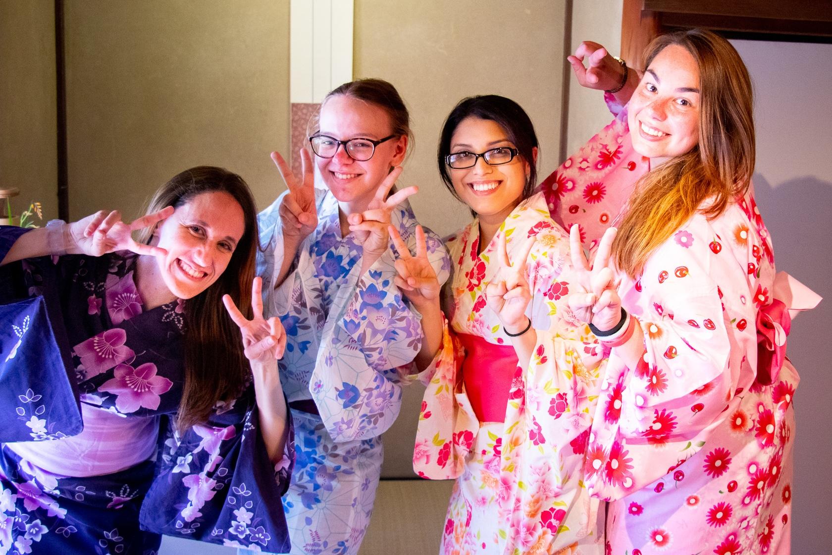 how to wear a yukata